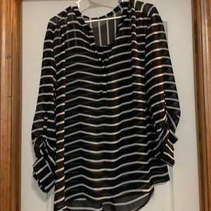 A.N.a black and white stripe blouse